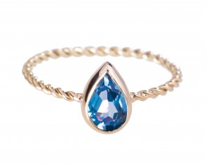 Aquamarine teardrop swirl ring