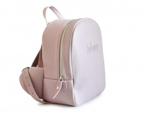 iubesc-02-backpack-leftside